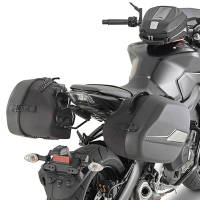 Soporte alforjas laterales ST604 Givi Yamaha MT09 17